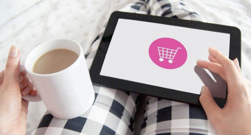 Instagram Shopping wird erweitert. Jetzt können auch über IGTV Produkte angeboten werden. Reels folgt bald. Es besteht das Risiko, dass dadurch User zu weniger kommerziellen Netzwerken wechseln.